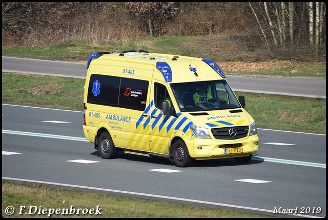 TZ-212-J MB Zorg ambulance Groningen-BorderMaker Rijdende auto's 2019