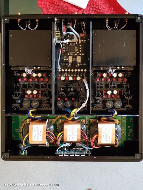 20190512 175011 Audio-GD R8 DAC