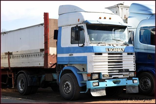 DSC 1598-BorderMaker Nora trucks
