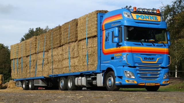 DSC01476 vrachtwagens