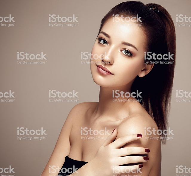 istockphoto-532127416-1024x1024 Where is this Anti-maturing Cream Available?