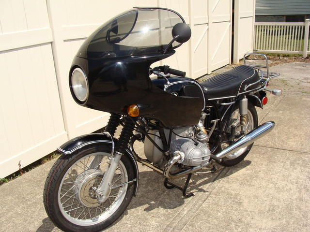 DSC02111 2999030 - 1973 BMW R75/5 LWB. BLACK. Large tank, Very clean & original, Matching Numbers. Hannigan Touring Fairing. New tires & much more!
