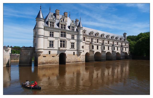 Chenonceau Canoers Panorama France