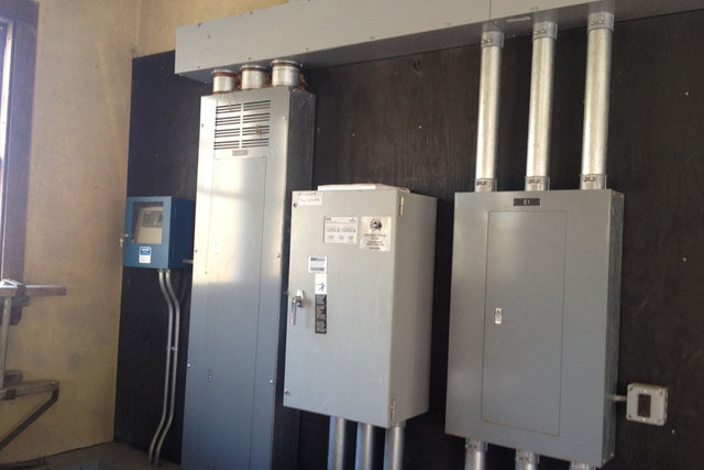 4 SNG Electrical Services