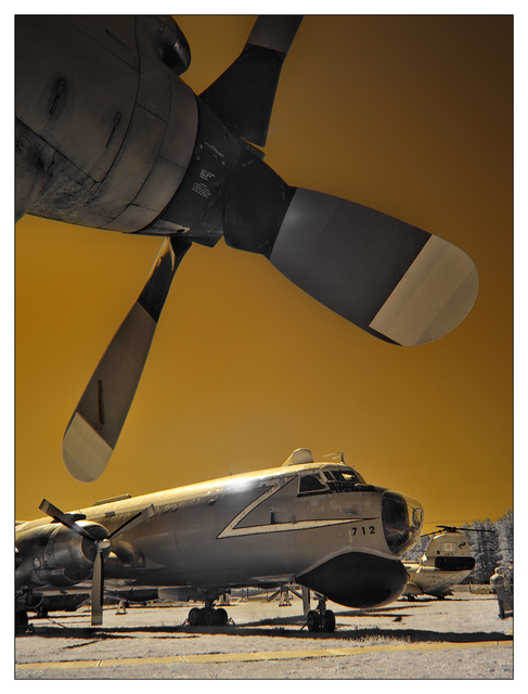 Heritage Airplane 2021 14b Infrared photography