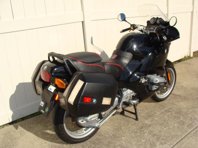 DSC02870 0312065 - '95 BMW R1100RSL, black