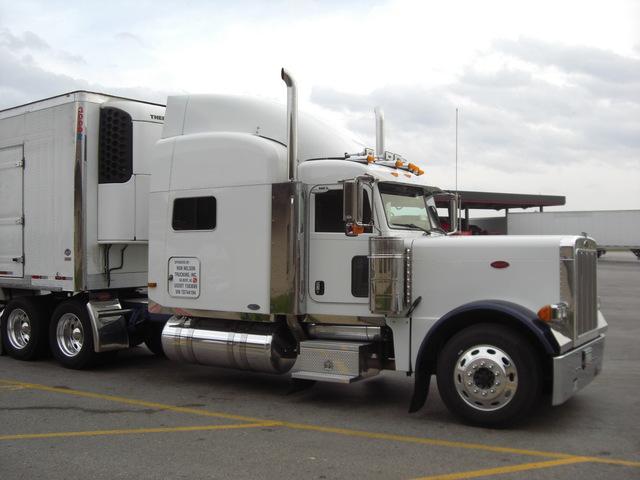 CIMG2175 Trucks