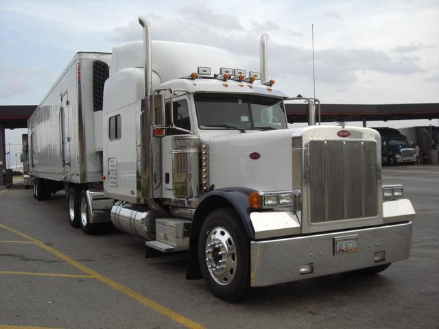 CIMG2174 Trucks