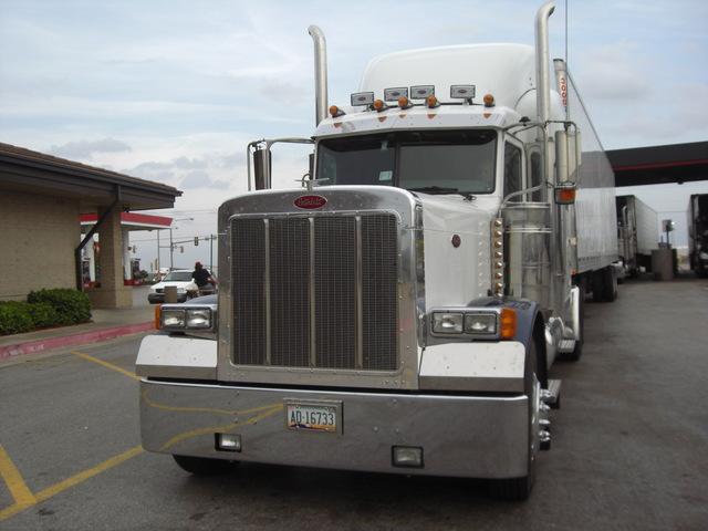 CIMG2173 Trucks