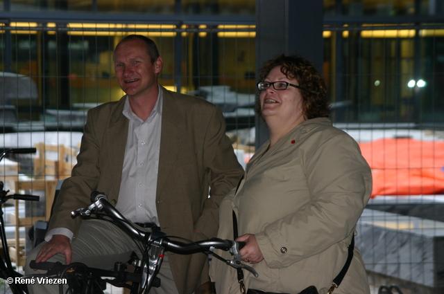 René Vriezen 2007-06-27 #0045 Min. Ella Vogelaar Afsluitende Borrel Wijktour 27-06-2007