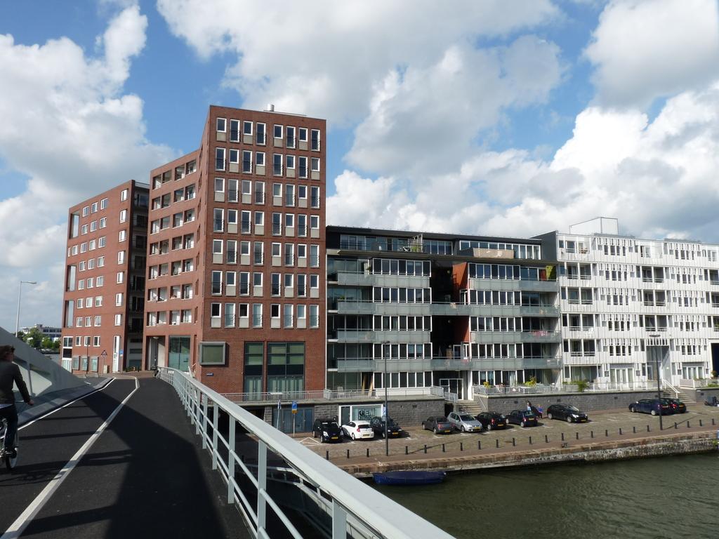 P1080682 - moderne architectuur