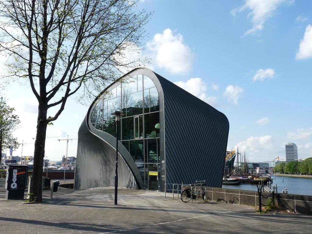 P1080739 - moderne architectuur