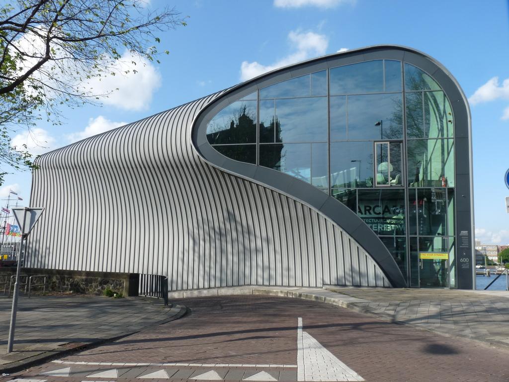 P1080740 - moderne architectuur