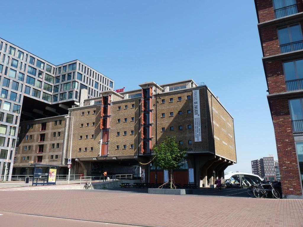 P1080914 - moderne architectuur