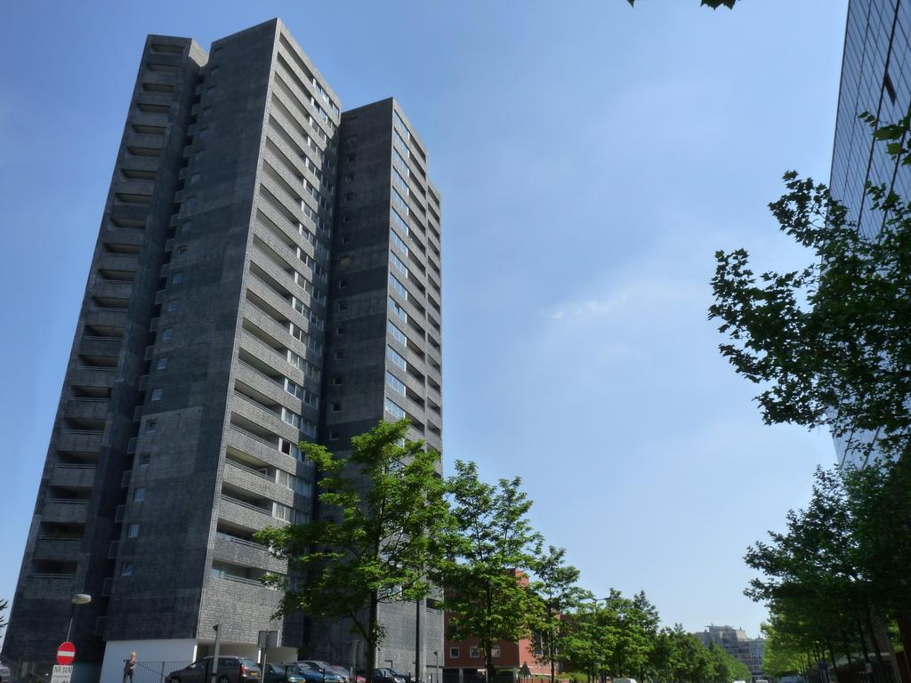P1080992 - moderne architectuur