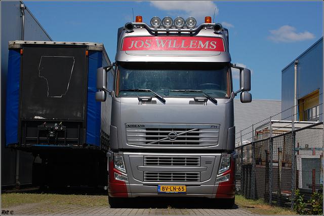 DSC 2520-border Willems, Jos - Doornenburg