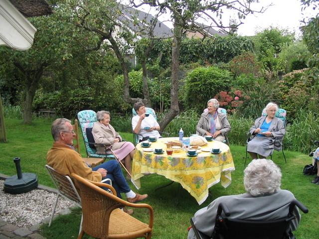 IMG 4720 rolstoelwandelen, bezoek fam. De Jonge 12-09-2007