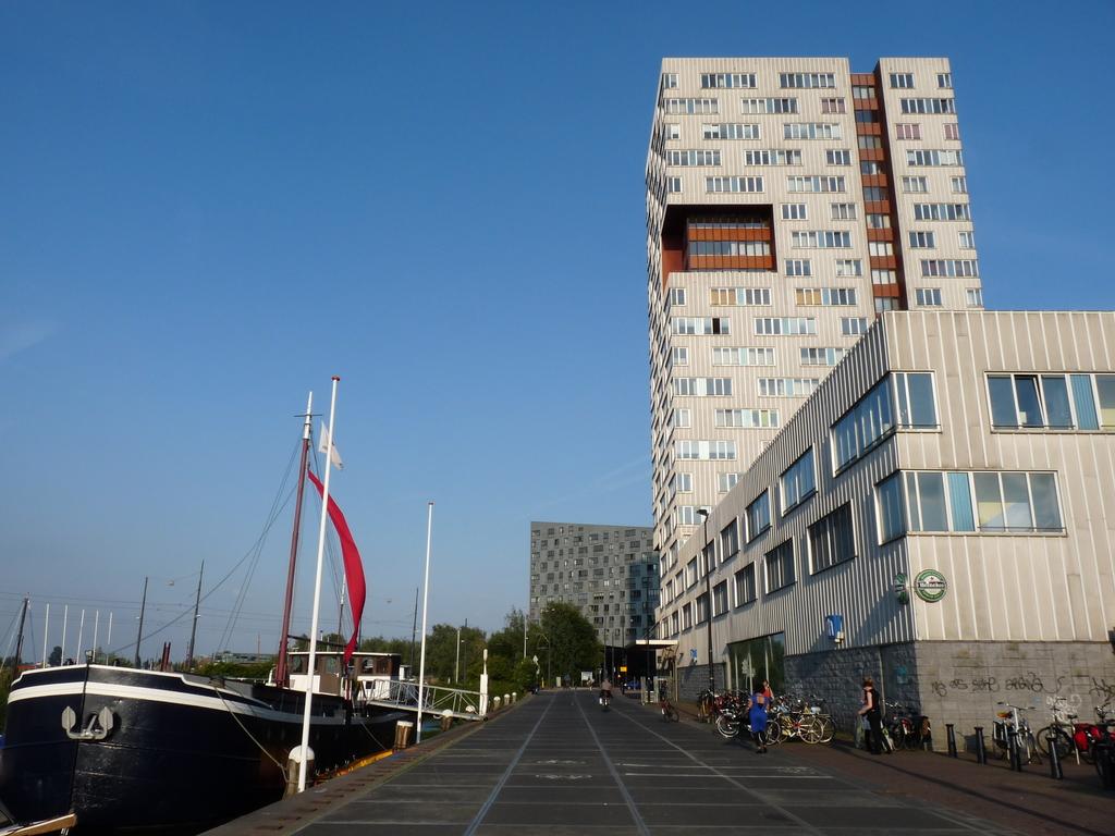 P1090760 - moderne architectuur