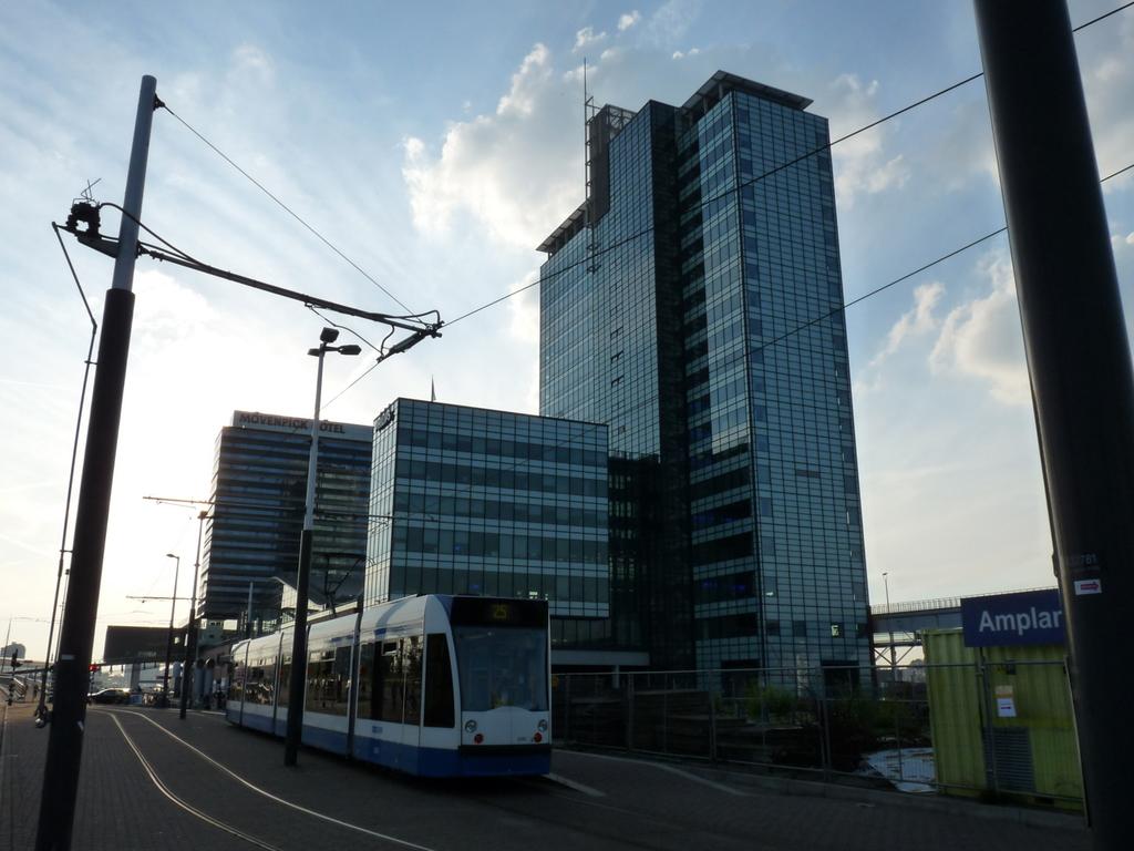 P1090788 - moderne architectuur