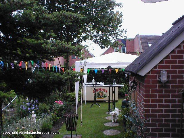 Tuinfeest 15-06-02 07 Tuinfeest 16-06-02
