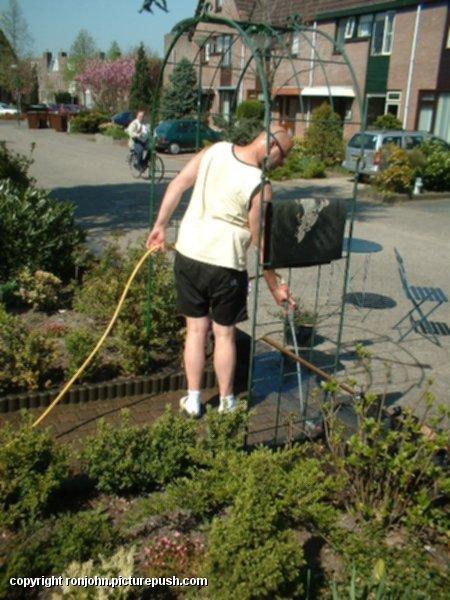 Voortuin 16-04-03 4 In de tuin 2003