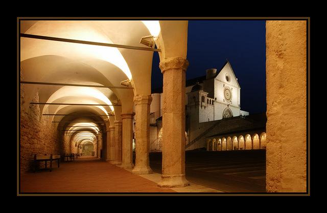 -Assisi art Italy photos