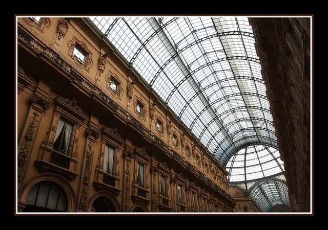 Milano 11fx Italy photos