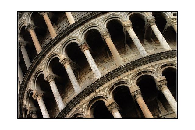 Pisa 09fx Italy photos