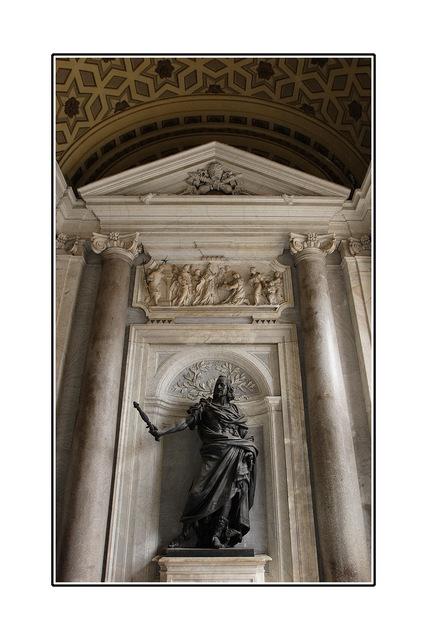 Santa Maria Maggiore entrance Italy photos