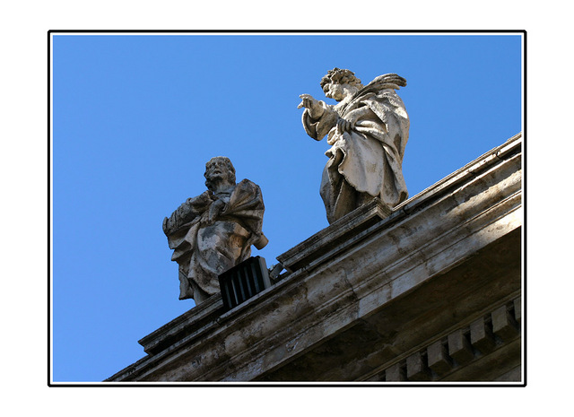 St Peter's statues Italy photos