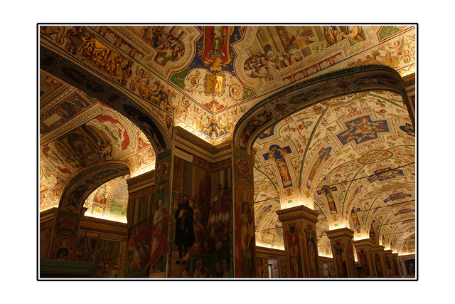 vatican Museum Italy photos