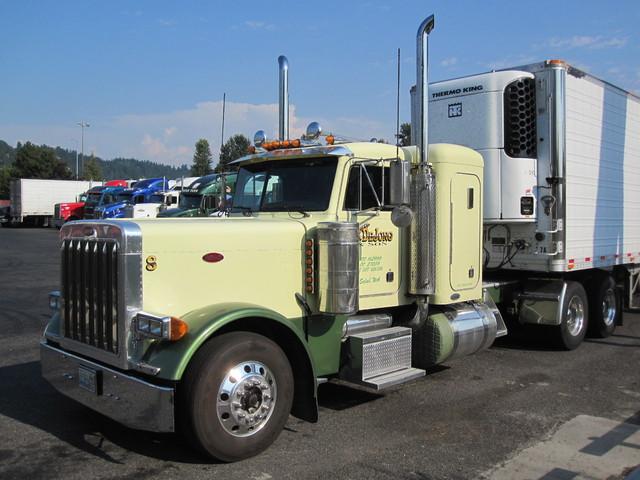 IMG 3022 Trucks
