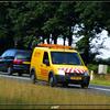 06-08-09 008-border - Begeleidings auto's