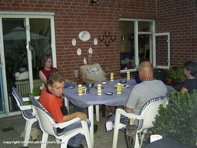 BBQ bij Ruud en Wil 07-08-09 43 Bij de achterburen