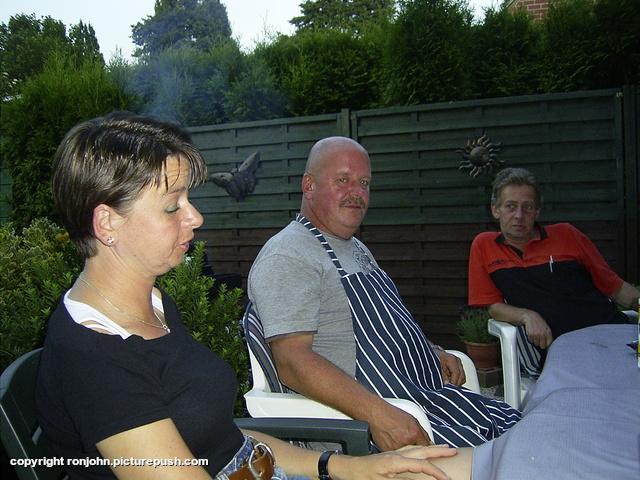 BBQ bij Ruud en Wil 07-08-09 40 Bij de achterburen