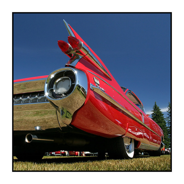 red cad Automobile