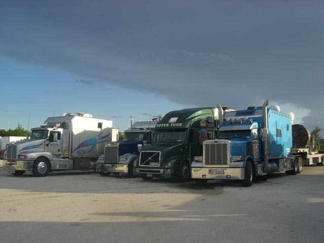 CIMG4133 Trucks