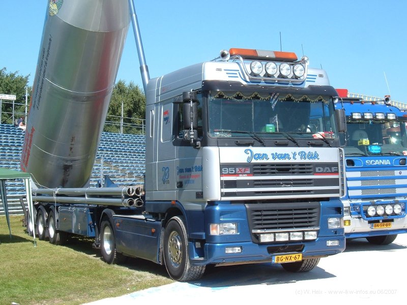 DAF-95XF-vantBlik-Rolf-10-08-07[1] -