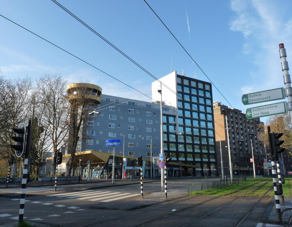 P1120818 - moderne architectuur