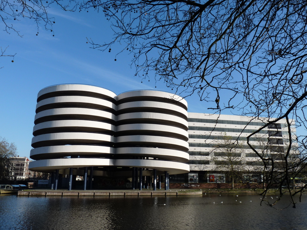 P1120829 - moderne architectuur