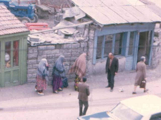Ankara Afghanstan 1971, on the road