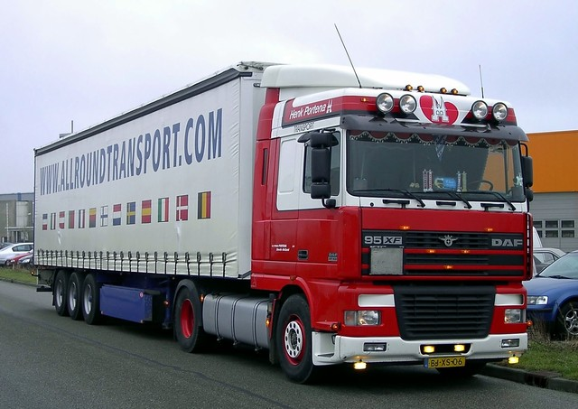 vrachtwagens en bussen 02-20-07 019 DAF