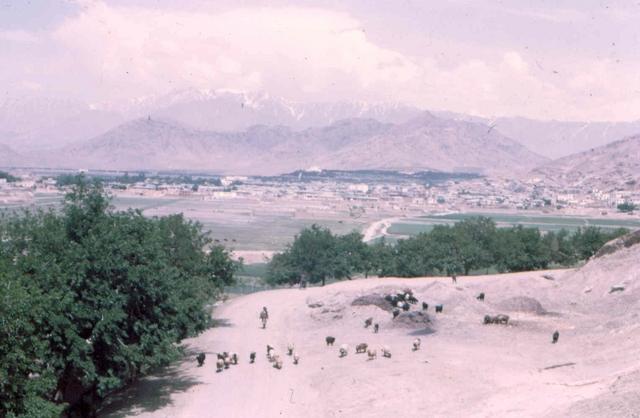 Kabul, net er buiten Afghanstan 1971, on the road