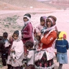koerdische familie vrouwen - Afghanstan 1971, on the road