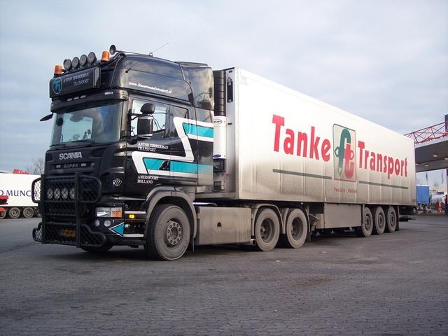 100 3140 truck pice