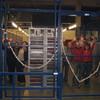 John Bijenkorf 19-12-07 Klu... - John op het werk