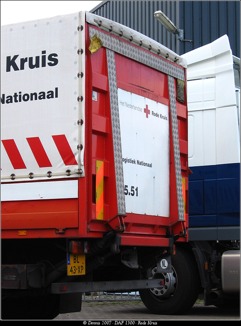 Kruis8 DAF 1300 - Rode Kruis