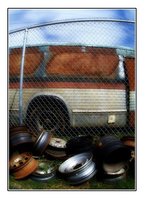 autorek 010 Abandoned