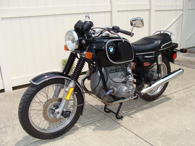 4970271 '76 R90-6 Black 22L Bar-ends 001 SOLD....1976 BMW R90/6 #4970271 Black 41,360 Miles. 22 Lt. Tank, New Tires, Major Service (10K) just done.
