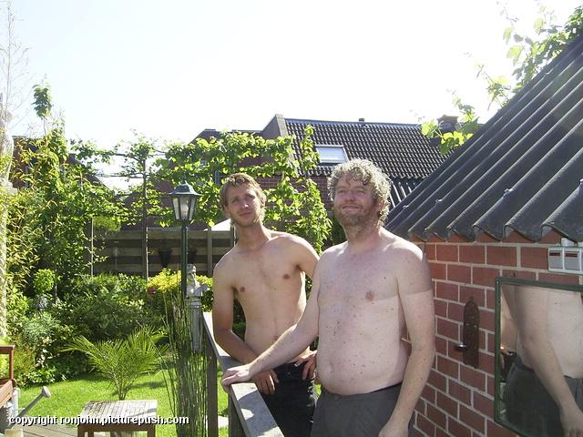Hogedruk klimopmuur met Ben en Jules 02-06-10 14 Klimop verwijderen en meer 29-05-10
